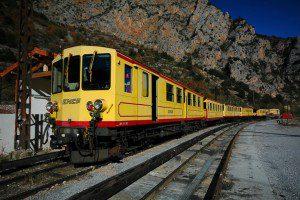 tren groc bugaderia autoservei puigcerda